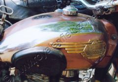 STANDARD FUEL TANK WITH BRASS MONOGRAMS AND KNEE PADS